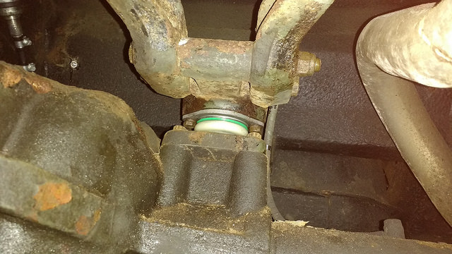 A-frame ball joint replacement - Rusty Land Rovers